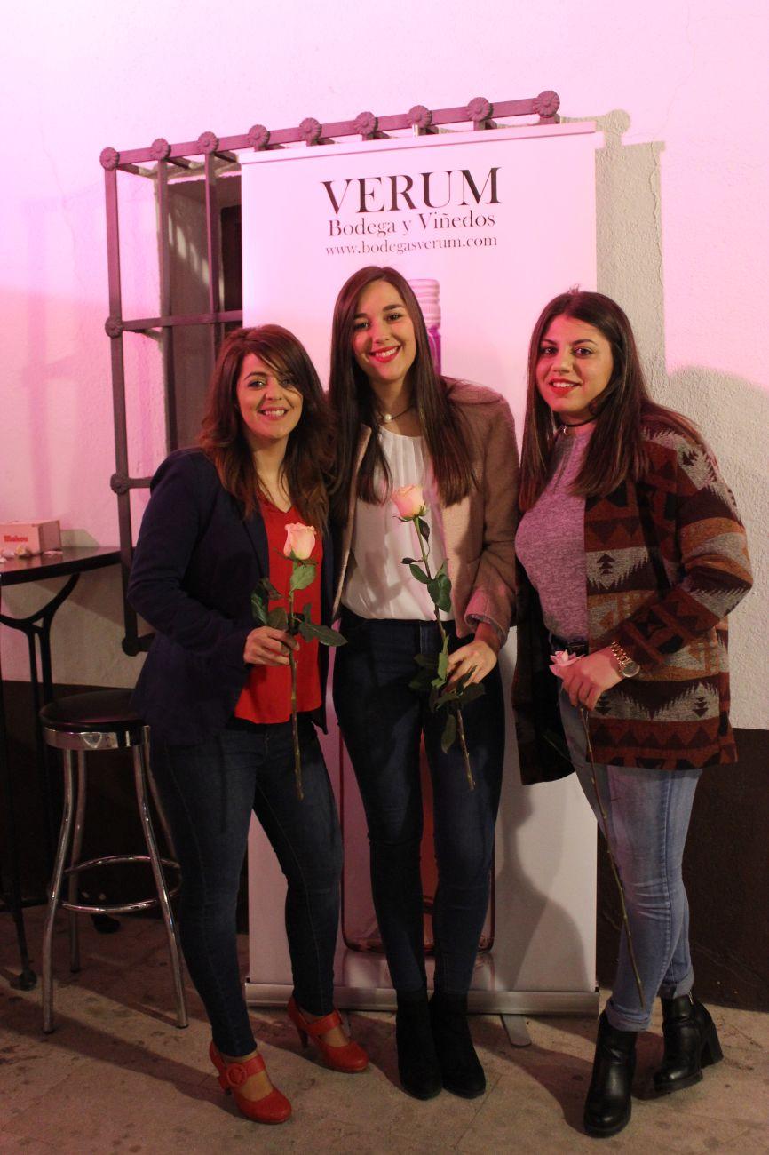 1-vinoyrosas-img_5978